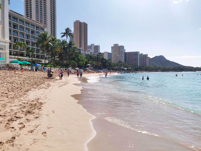 Despite-pandemic's-economic-impact,-locals-support-Hawaii-tourism-halt   LiveFEED